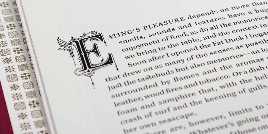 Буквица в дизайне брошюры